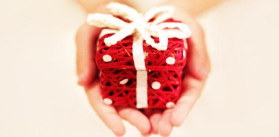 バレンタインに手作りお菓子を郵送で贈る注意点_ケーキ